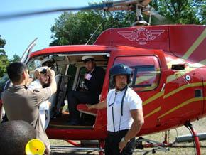 Helikopter hämtar studenter d5e317005fd87